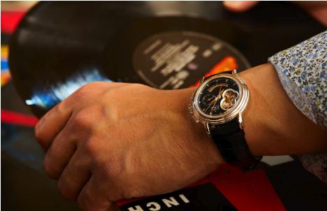 高級ブランド腕時計のレンタルをおすすめする人