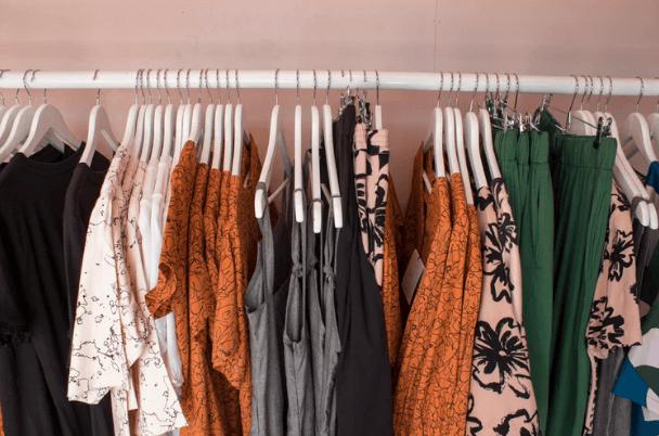 服を断捨離するシンプルな判断基準やコツ