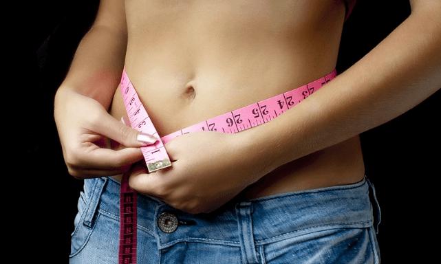 洋服を断捨離する効果はダイエットして痩せたり健康になれる