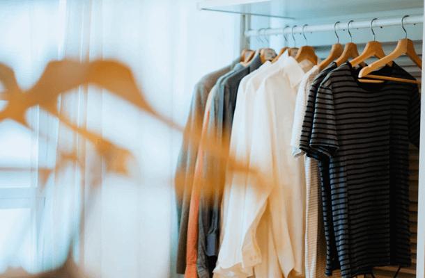 自分に最適な洋服の断捨離枚数の考え方